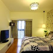 现代化清新枫叶卧室壁纸装饰