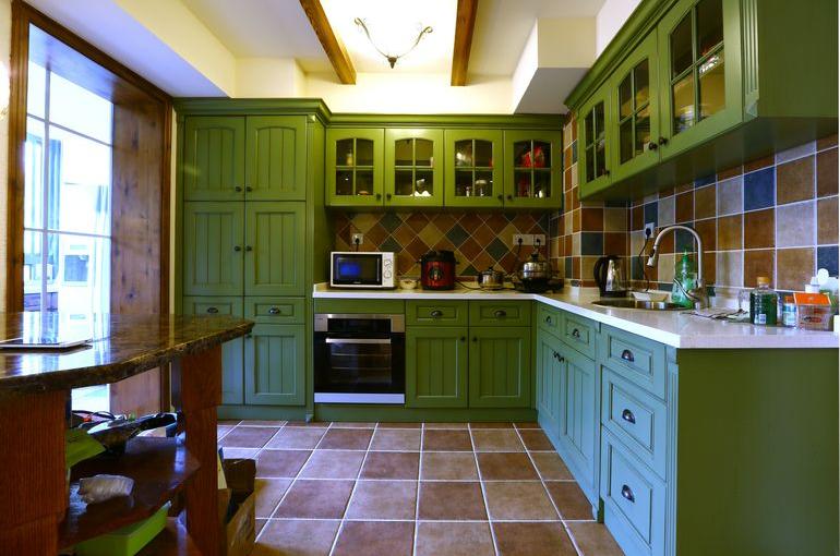 小型 美式开放式厨房吊顶 装修效果图 齐装网装