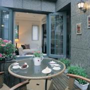 北欧风格清新阳台装饰图