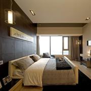 北欧风格卧室原木背景墙装饰