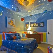 梦幻创意风格儿童房吊顶装饰