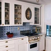 小户型厨房整体式橱柜装饰
