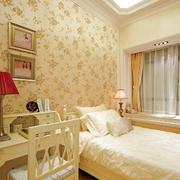 欧式简约风格卧室桌椅装饰