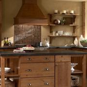 美式简约风格原木厨房设计