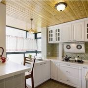 小户型欧式风格厨房原木吊顶装饰