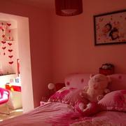 婚房粉色卧室欣赏