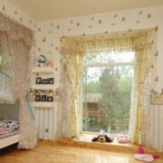 欧式简约风格儿童房背景墙装饰