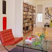 客厅整体式书架装饰
