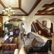 别墅木质楼梯装修