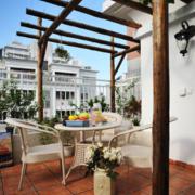 别墅露天阳台设计