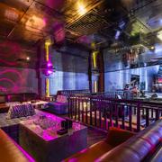 紫色调酒吧吊顶设计