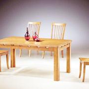 简约实木原木色餐桌