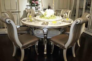 简欧风格的餐桌