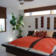 现代简约卧室榻榻米床