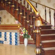 家居实木楼梯展示