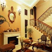 美式别墅客厅楼梯
