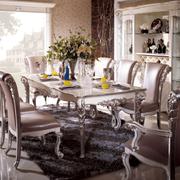 大户型别墅欧式餐桌