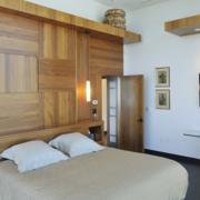 单身公寓卧室背景墙