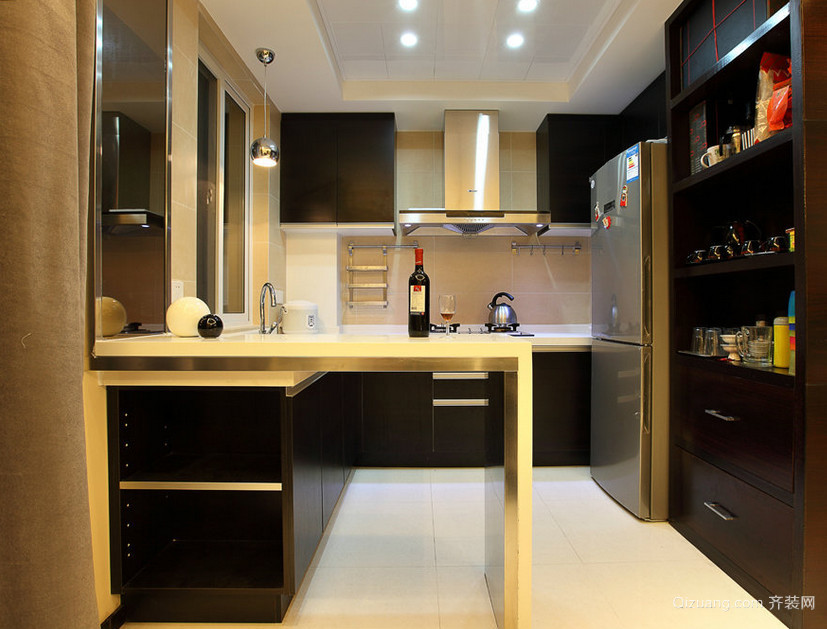 2015单身公寓现代欧式厨房吧台装修效果图