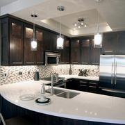 厨房现代家庭吧台