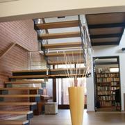 实木宜家的楼梯