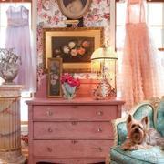 粉色调橱柜装修图片