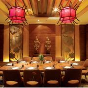 暖色调餐馆吊顶设计