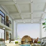 别墅超大的露台
