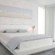 白色纯美卧室榻榻米