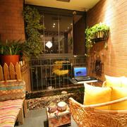 暖色调阳台装修图片