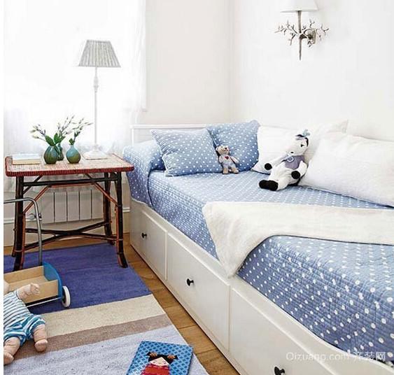 三室一厅一卫儿童房卧室木地板装修效果图