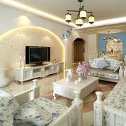 欧式客厅拱形背景墙装饰