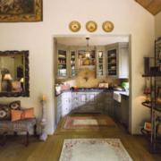 美式混搭风格客厅置物架装饰