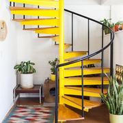 跃层住宅简约旋转楼梯装饰