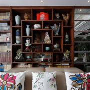 客厅简约风格博古架装饰