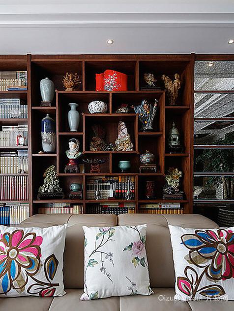 大户型中式客厅博古架装修效果图