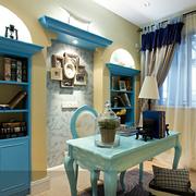 温馨地中海书房装修