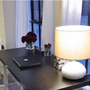 欧式别墅简约风格书房桌椅装饰