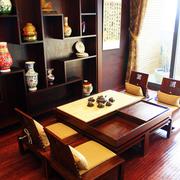 日式简约风格博古架装饰