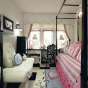 小户型简约风卧室沙发设计