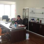 后现代风格办公桌装饰