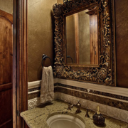 美式复古卫生间镜饰装饰