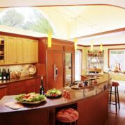 美式别墅厨房吧台灯饰装饰