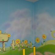 温馨幼儿园墙面壁画设计