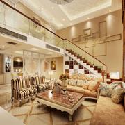 楼中楼欧式简约风格客厅沙发装饰