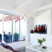 都市客厅窗户设计