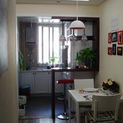 欧式简约风格厨房吧台装饰