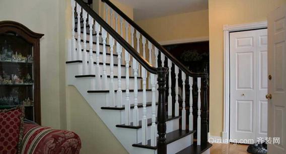 端庄欧式风格的室内楼梯设计装修效果图欣赏