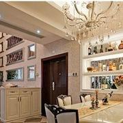 三室一厅客厅酒柜置物架装饰