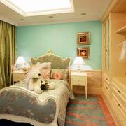 欧式奢华风格儿童房床饰装饰